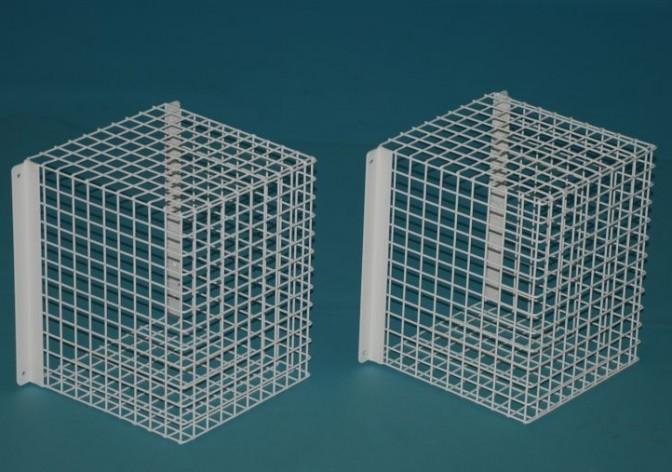 Cage  MED